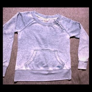 Distressed sweatshirt with buttons at collar
